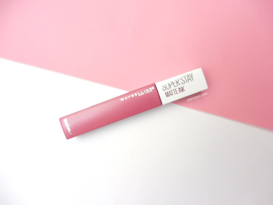 Maybelline superstay